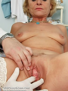 Milf Ladislava  spreads her milf vag wide for gyno female doctor at clinic