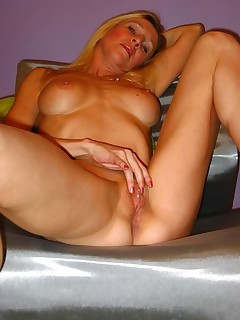 Hot Sexy Hottie Mature Spreading and Exposing Pink Pussy Lips