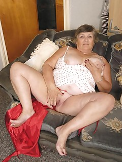 Fat granny in red undies stripping and spreading