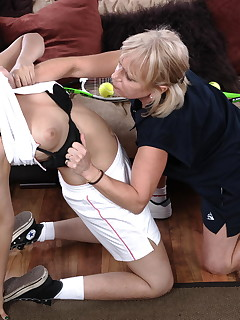 Strict lesbian teacher gets her pupil in line