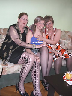One hot babe gets down with two mature lesbians