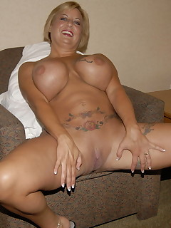 Big titted mature nympho getting fisted