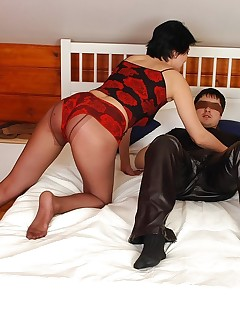 Irresistibly seductive mature chick cowgirl riding on pantyhose clad cock