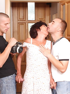 Brunette granny gets fucked by young studs
