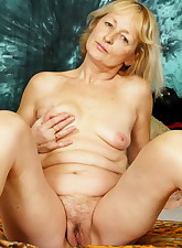 Sexy old granny gets her pussy fingered and fucked