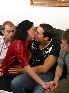 Three guys visit MILF on Monday and spend all day in her house