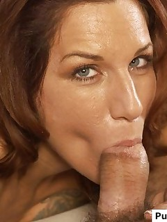 Smoking hot mature chick shows how a real blowjob is done right