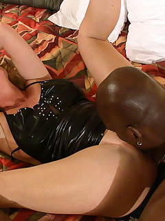 Dee gets her tight asshole reamed out by big black cocksman, Black Magixxx