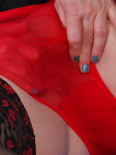 Mmm this black and red bustier is pretty plus it is sheer in the right places wink  A perfect opportunity to wear my black and red lacy top nylons red mules..