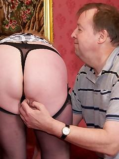 Chris is one of my web site members who asked if he could meet me Sure I said but youre not visiting unless you fuck me too A perfect arrangement Claire  xxx
