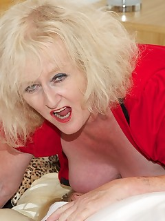 Hi Guys I had got Lexie Cummings in my Bedroom but she seemed a little reluctant to play but she soon came round to my way of Thinking and we had a lot of..