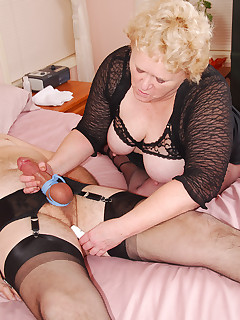 Cum join me on my hot time with James I wear an open lacy bra sheer top a short skirt and pantyhose and James wears a garter belt and ff nylons Today I tie up..